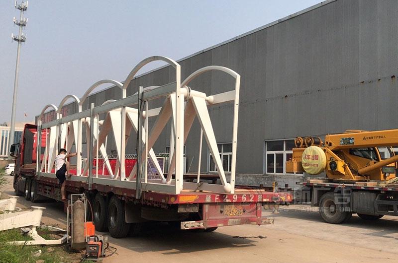 深圳23米候车亭第二批发车